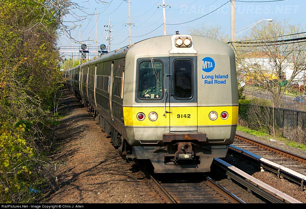 http://www.railpictures.net/images/d1/0/0/0/1000.1275230539.jpg