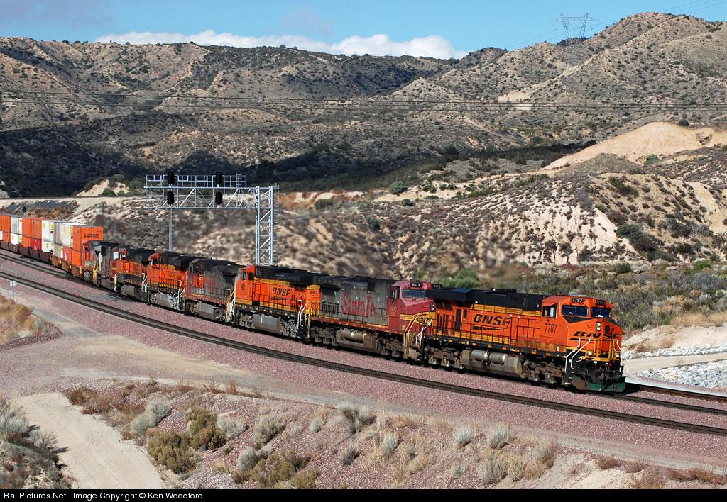 занятий, полезных самый длинный поезд в мире фото порта тянется городской
