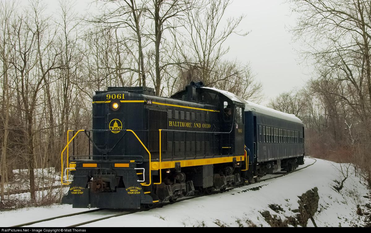 Net Photo: 9061 Baltimore & Ohio (B&O) Alco S2 at Uniontown, Pennsylvania  by Matt Thomas
