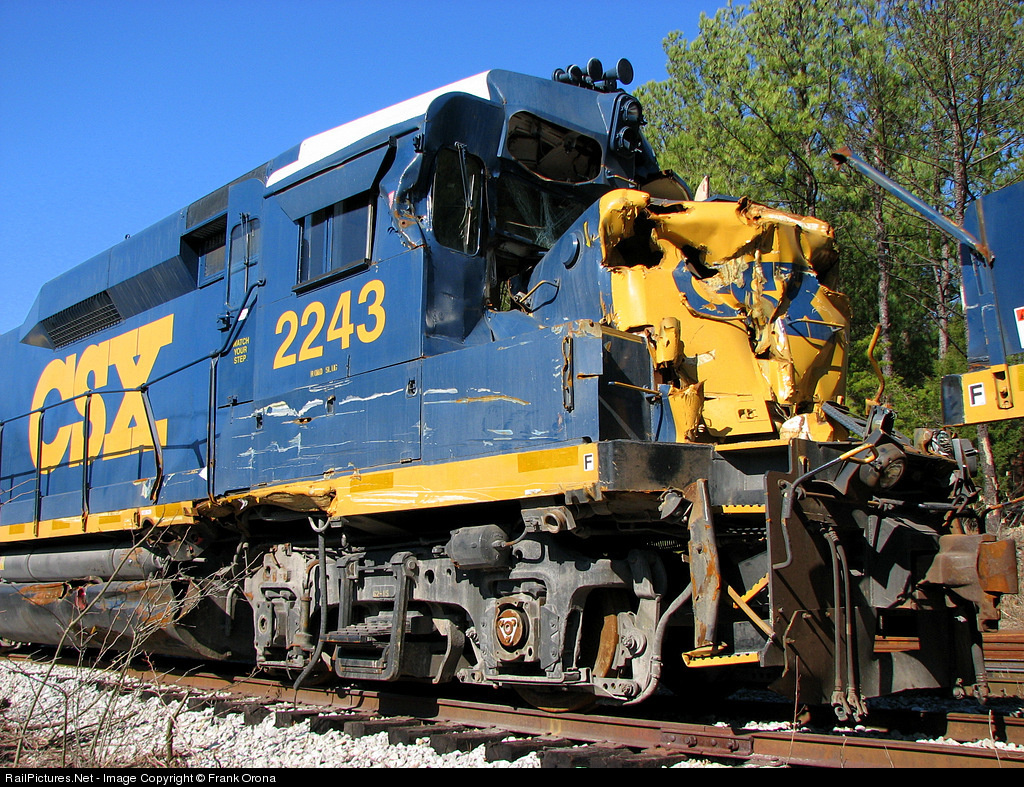 Net Photo: CSXT 2243 CSX Transportation (CSXT) EMD RDSLUG/RDMATE at  Brookwood, Alabama by Frank Orona