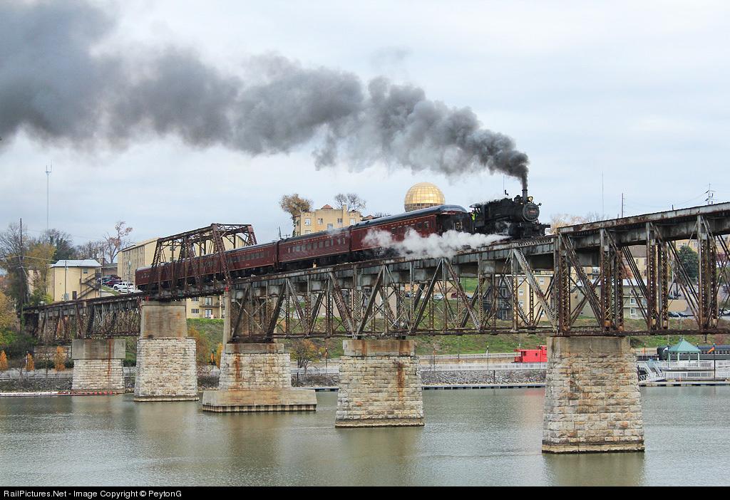 Southern Railway 154-The Three Rivers Rambler - YouTube