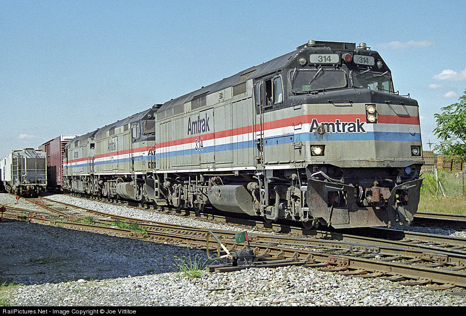 The Amtrak Adirondack train travels daily from New York City, through the wine country of the Hudson Valley, into Montreal.