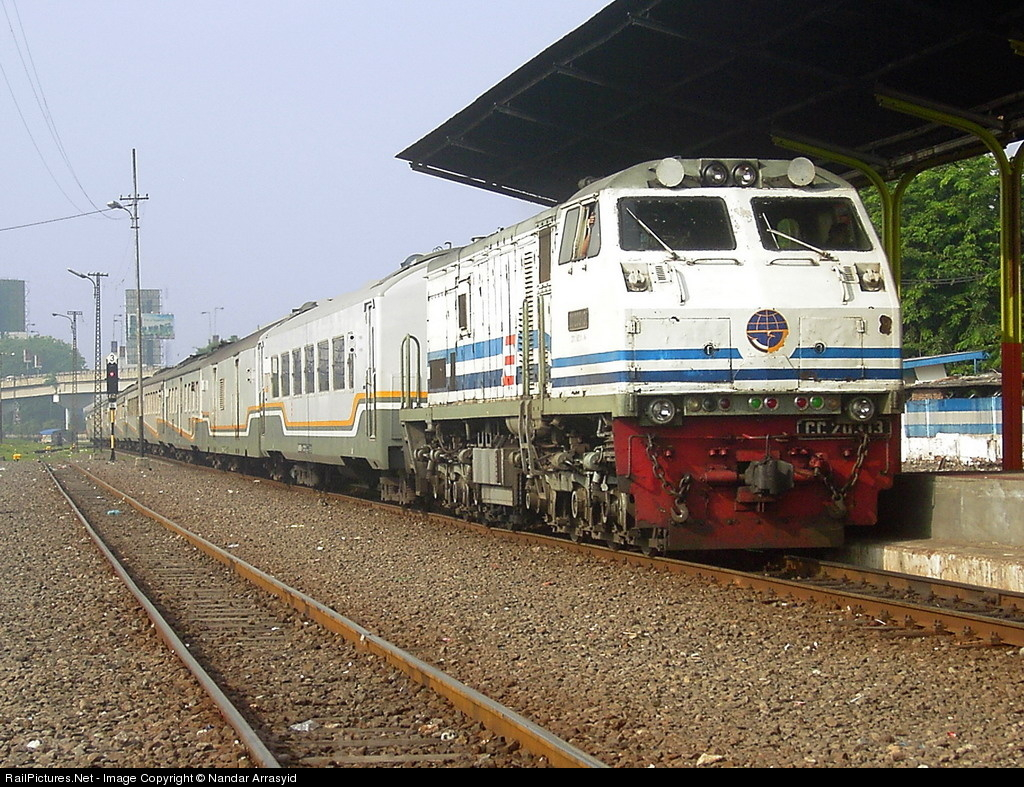 RailPictures.Net Photo: CC20313 PT Kereta Api Indonesia GE U20C at ...