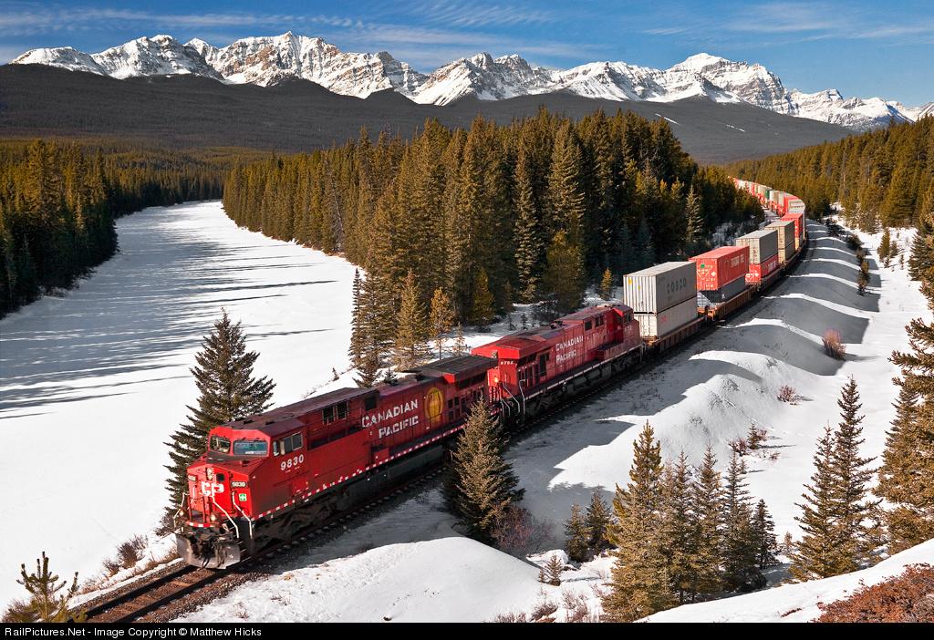 http://www.railpictures.net/images/d1/5/3/9/7539.1244729287.jpg