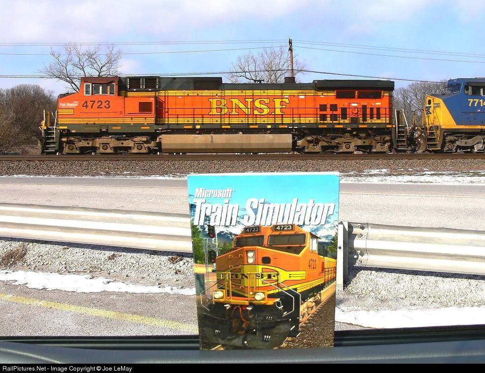 Net Photo: BNSF 4723 BNSF Railway GE C44-9W (Dash 9-44CW) at Downers Grove,  Illinois by Joe LeMay