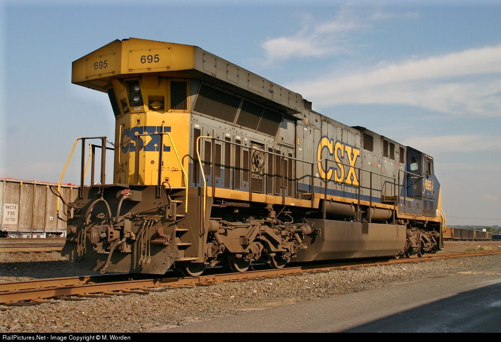 RailPictures Net Photo: CSXT 695 CSX Transportation (CSXT