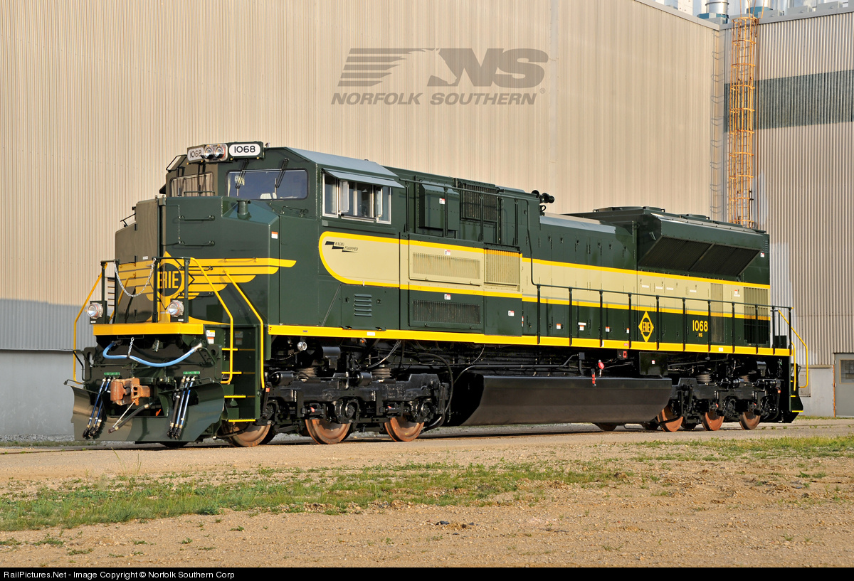 Net Photo: NS 1068 Norfolk Southern EMD SD70ACe at Muncie, Indiana by  Norfolk Southern Corp
