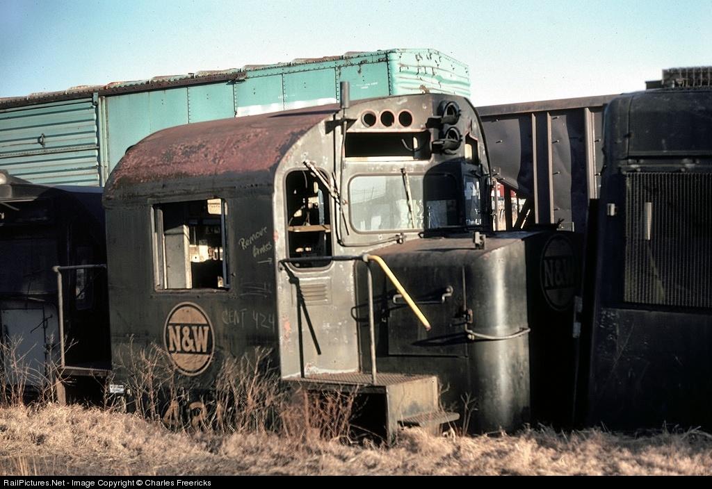 Locomotives For Sale >> 8834.1190523600.jpg