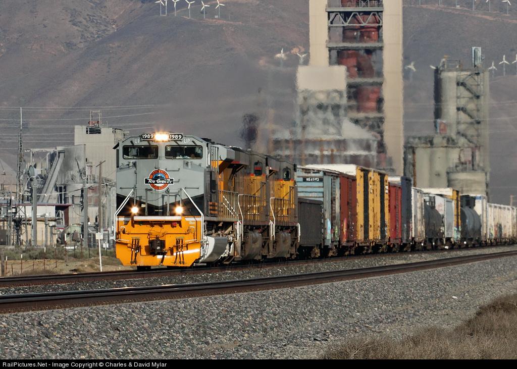 Colton Cement Plant : Locomotive details