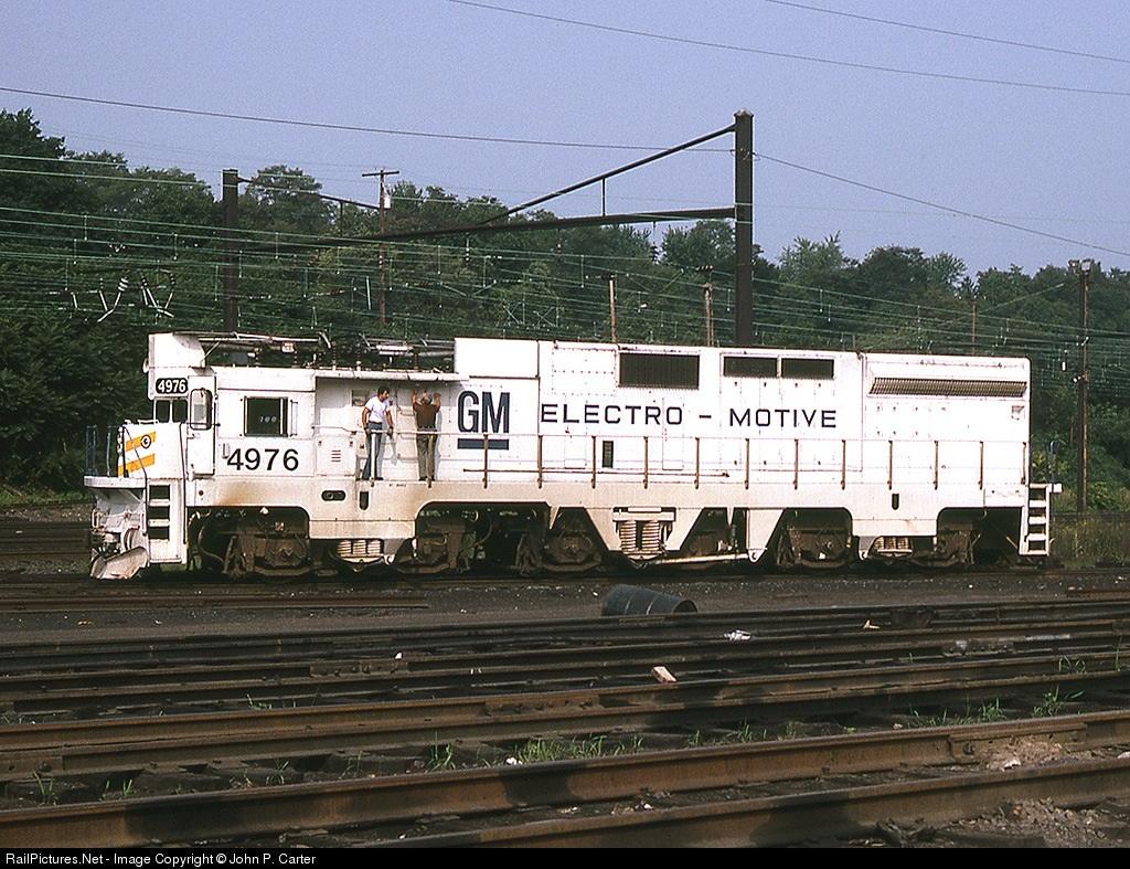 Electro Motive Diesel >> 6915.1135738800.jpg