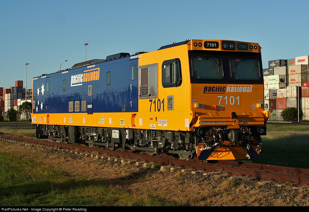 Railpictures Net Photo 7101 Pacific National Siemens 7100 Class Electric Locomotive At Brisbane Australia By Peter Reading