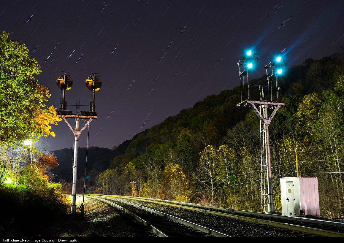 http://www.railpictures.net/viewphoto.php?id=504580&nseq=476
