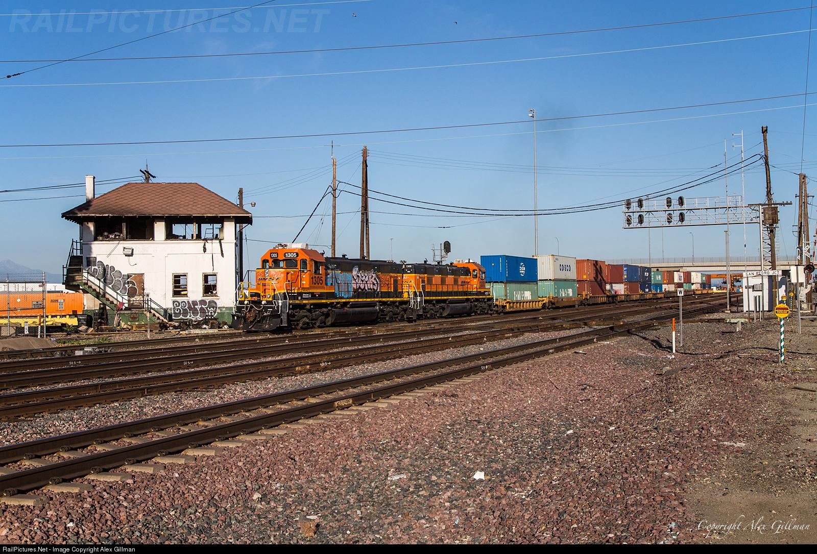 RailPictures Net Photo: BNSF 1305 BNSF Railway NRE 3GS21C at