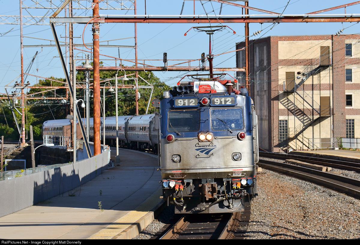 TS2015 HD: EMD AEM-7 926 Hauls Amtrak Northeast Regional