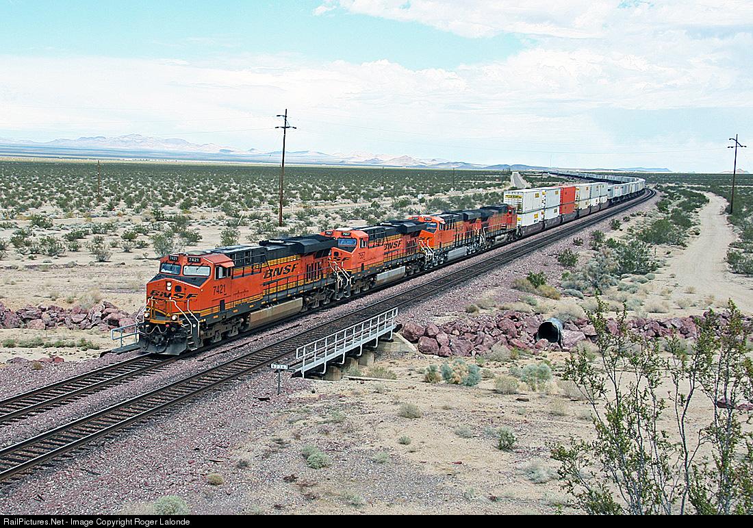 Railpictures Net Photo Bnsf 7421 Bnsf Railway Ge Es44dc At Essex