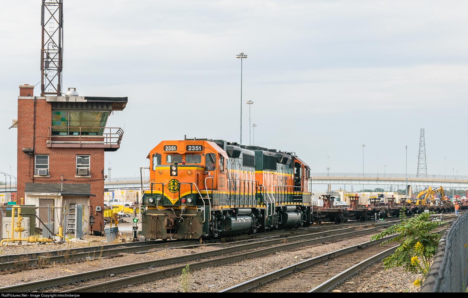 RailPictures Net Photo: BNSF 2351 BNSF Railway EMD GP38-2 at