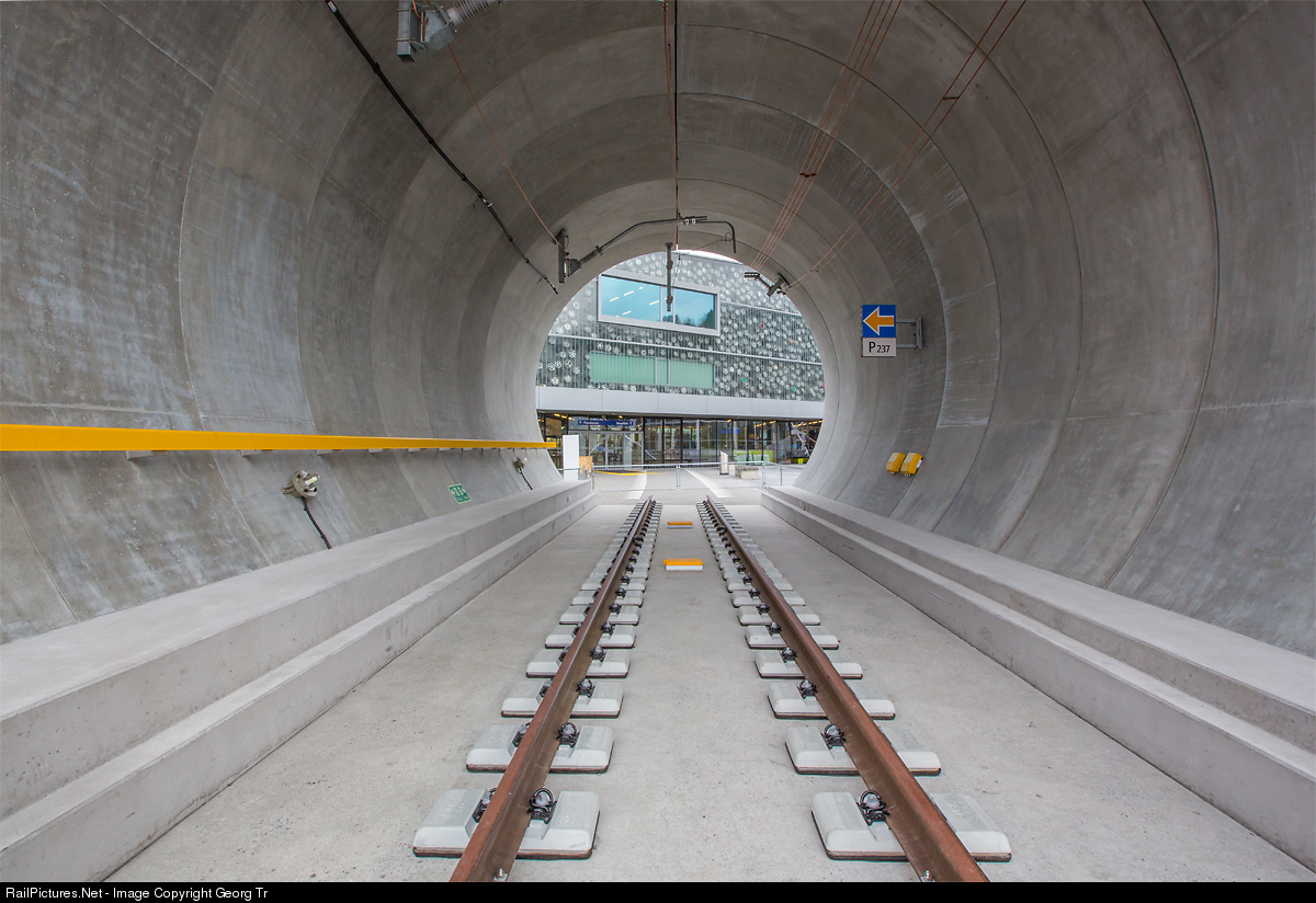 gotthard base tunnel The gotthard base tunnel was opened officially on 1 june 2016 with a great  ceremony foreign and domestic guests from politics and business celebrated  this.