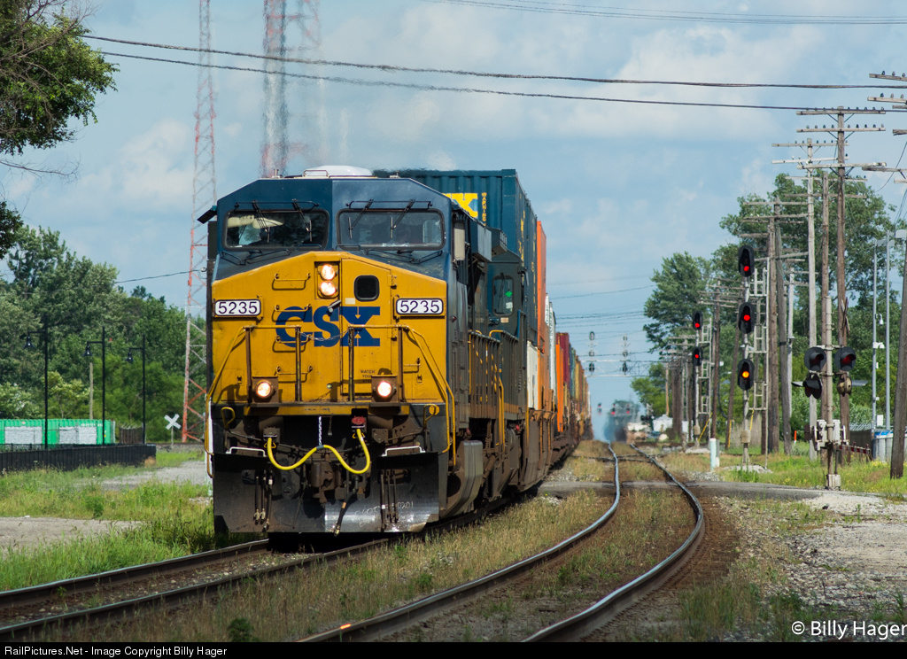 http://www.railpictures.net/viewphoto.php?id=489968&nseq=688