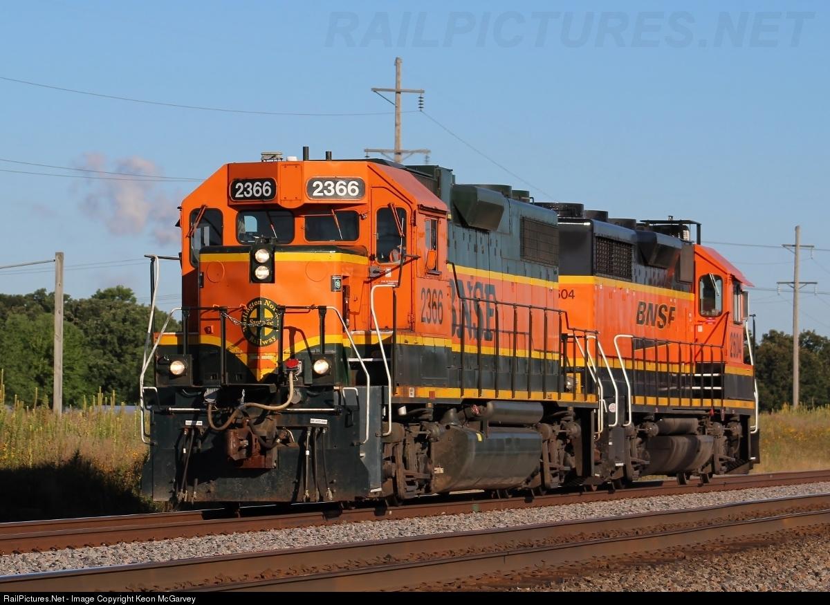Net Photo: BNSF 2366 BNSF Railway EMD GP38-2 at Big Lake, Minnesota by Keon  McGarvey